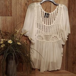 NWT Women's Blouse